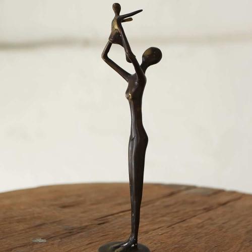 Figura Mujer con niño.DOBJ/2101
