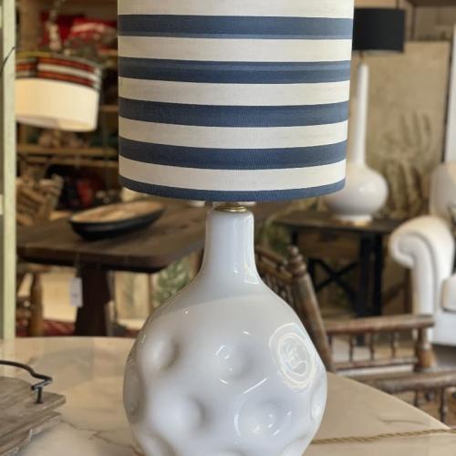 lampara azuly blanca