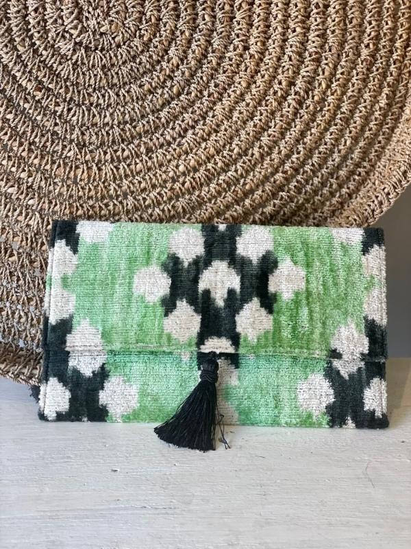 cartera verde ikat