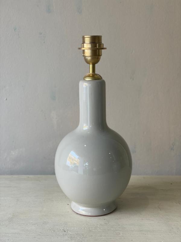 base ceramica gris